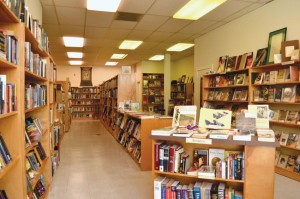 NEW BUT USED — Forest Books, at the Buchanan Mall location of a former video store, specializes in used books. photo by Heather Ito/Nichi Bei Weekly
