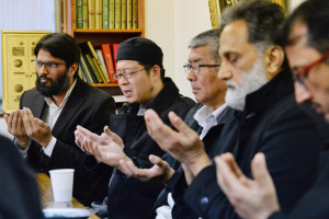 MUSLIMS IN JAPAN HARASSED — File photo taken Feb. 1, shows Muslims from across Japan praying for Kenji Goto, a Japanese journalist believed to have been killed by the Islamic State militant group, at Otsuka Mosque in Tokyo's Toshima Ward.                                                    Kyodo News photo