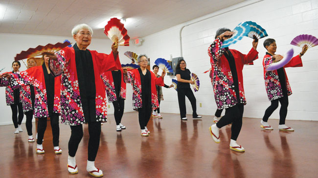 Sacramento group preserves Japanese folk dancing and music