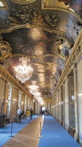 WHAT A HALL — The hallway in the Drottningholm Palace, which resembles the Hall of Mirrors in the Palace of Versailles. photo by the Kaeru Kid