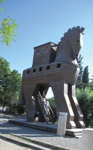 The Trojan Horse replica.   photo by The Kaeru Kid