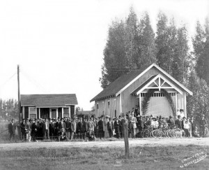 EARLY CONGREGATION — The Wintersburg Japanese Presbyterian Mission and congregation, May 8, 1910.   photo courtesy of Historic Wintersburg and Wintersburg Presbyterian Church