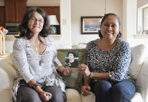 ELIZABETH SAUNDERS HOME — Kei LaFleur (L) and Midori Acker hold a photo of Miki Sawada, the founder of the Elizabeth Saunders Home in Japan. Both women spent time at the orphanage and met in person for the first time at Acker's home in Kerrville, Texas on Aug. 19.  Kyodo News photo