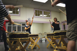 TEACHING TAIKO — Kristy Oshiro (center, left) teaches her class the first part of a song. photo by Heather Ito/Nichi Bei Weekly