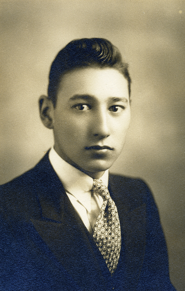 A centenarian gets his wings » Nichi Bei