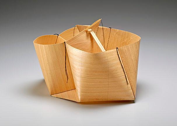 Exhibit of Nisei fiber artist Sekimachi's work weaves inner life and character